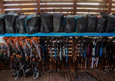 Cabrinha kites, control systems and harnesses
